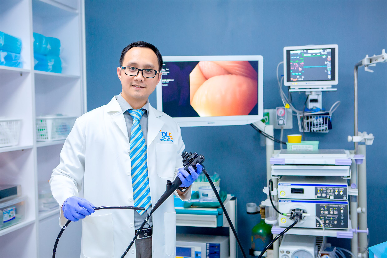 Bác sĩ chuyên ngành - Thiết bị nội soi hiện đại